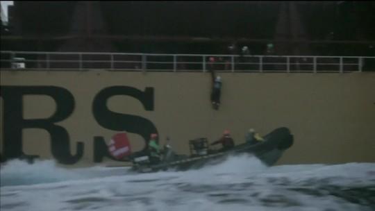 Greenpeace faz protesto ousado na costa da Espanha