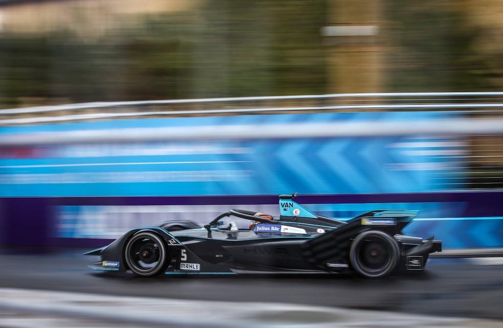 Stoffel Vandoorne em ação no ePrix de Riyadh da Fórmula E — Foto: Reprodução/Twitter
