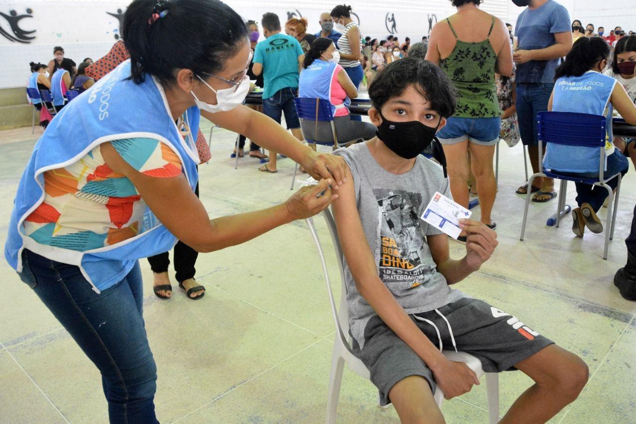 João Pessoa continua vacinando adolescentes a partir de 12 anos sem comorbidades contra Covid-19