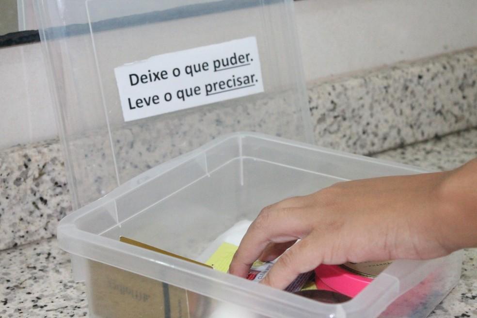 Banheiro Feminino Da Tv Grande Rio Ganha Caixinha Solidária