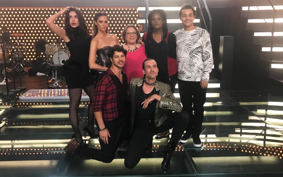 Convidados e elenco do 'Amor & Sexo' — Foto: Gshow