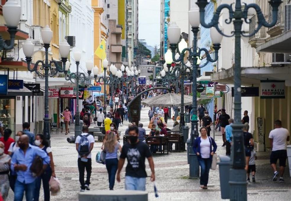 Comércio de rua em Florianópolis durante pandemia da Covid-19 — Foto: Ricardo Wolffenbüttel/Secom/Divulgação