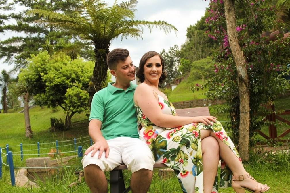 Adarlele e Ruan em ensaio de fotos antes do casamento — Foto: Arquivo pessoal