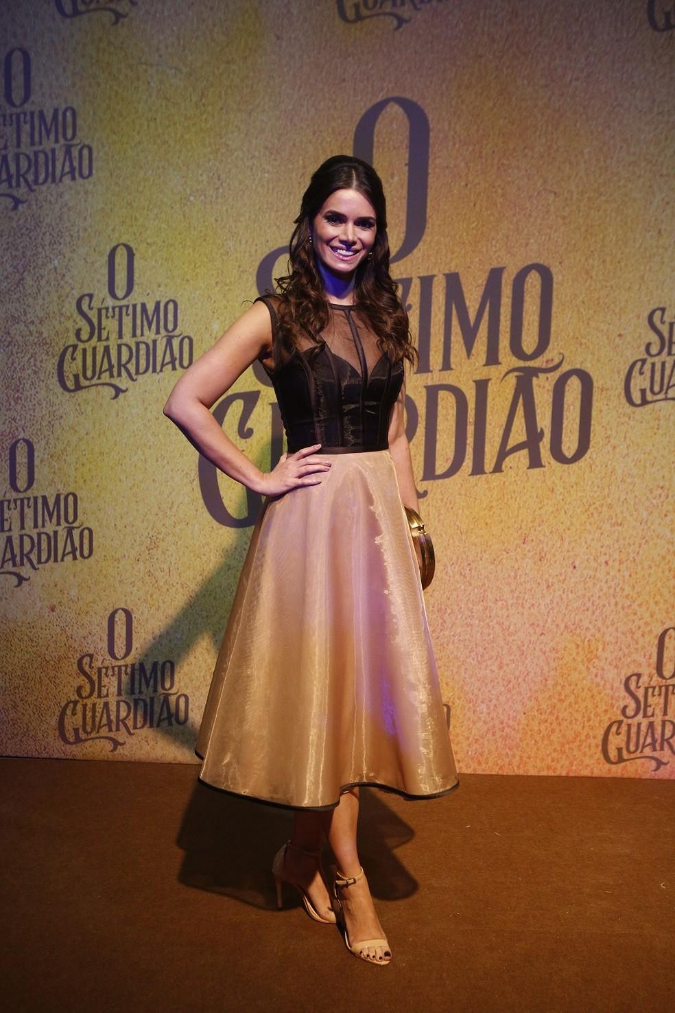 Simone Zucato será uma das beatas de Serro Azul — Foto: Fabiano Battaglin/Gshow
