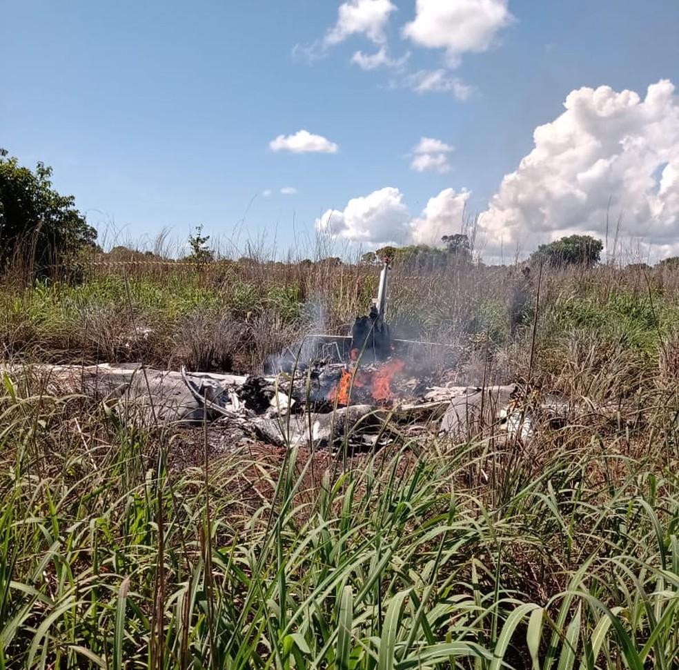 Avião explodiu logo após decolar — Foto: Divulgação