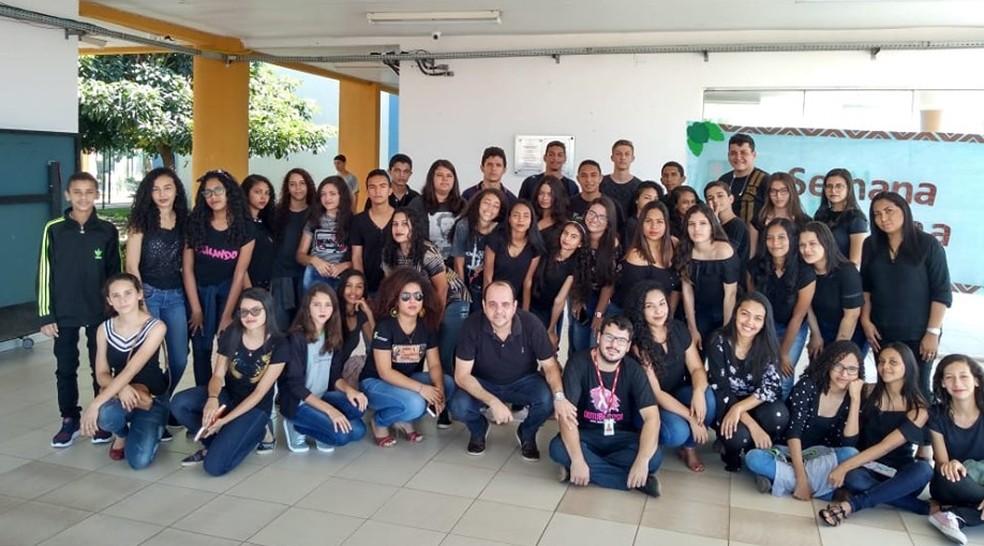 Estudantes em protesto no IFMA de São Raimundo das Mangabeiras — Foto: Reprodução/Redes Sociais