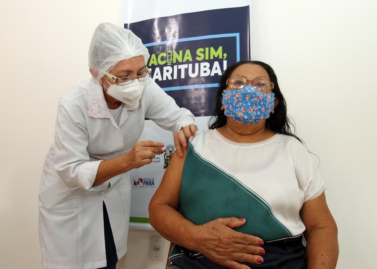 Vacinação contra Covid-19 continua nesta terça, 18, em Marituba