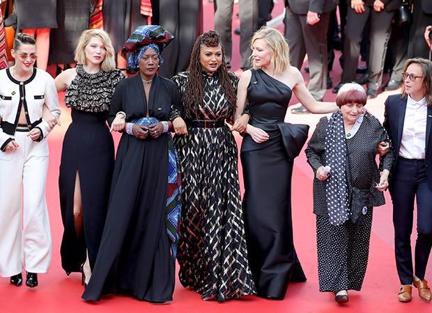 Atrizes, diretoras, roteiristas, produtoras e agentes protestam em Cannes (Foto: Andreas Rentz / Getty Images)