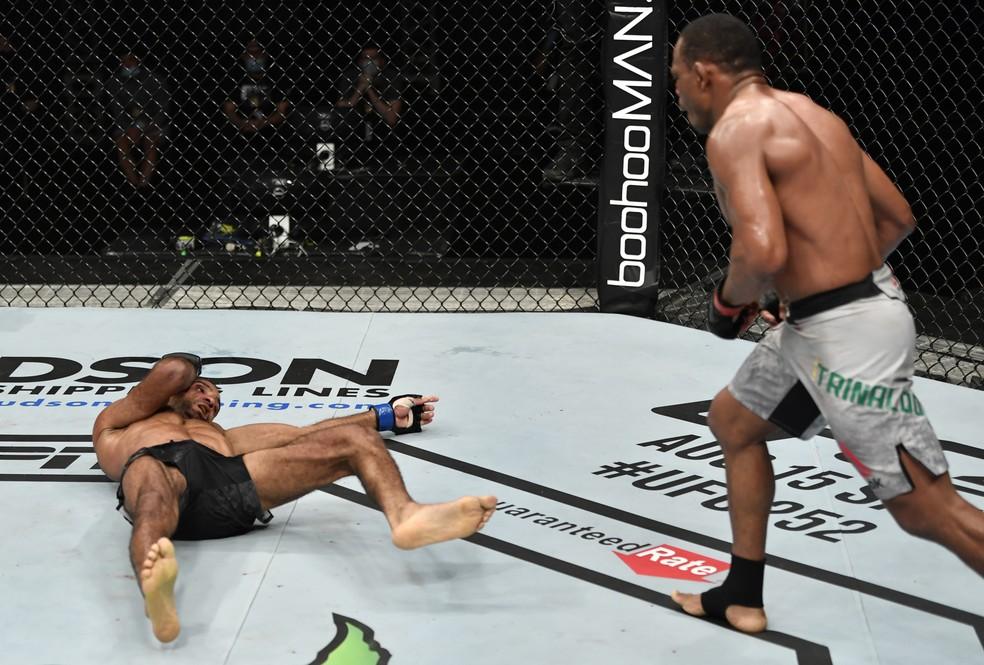 Francisco Massaranduba Jai Herbert UFC: Whittaker x Till — Foto: Getty Images