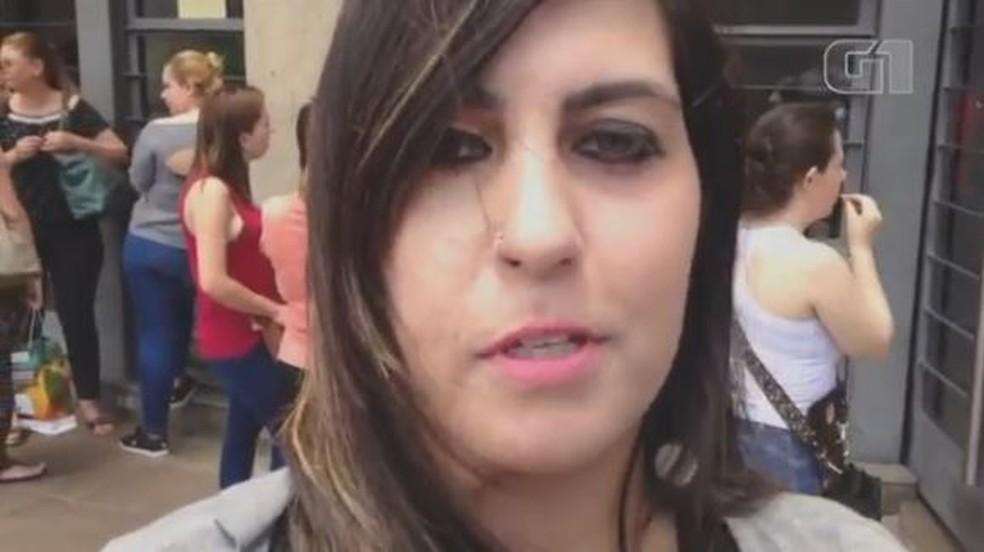 Barbara Penna sobreviveu a uma tentativa de assassinato pelo ex-namorado, que matou os dois filhos do casal em 2013; neste ano, ela faz o Enem para tentar uma vaga em direito — Foto: Jonas Campos/RBS TV