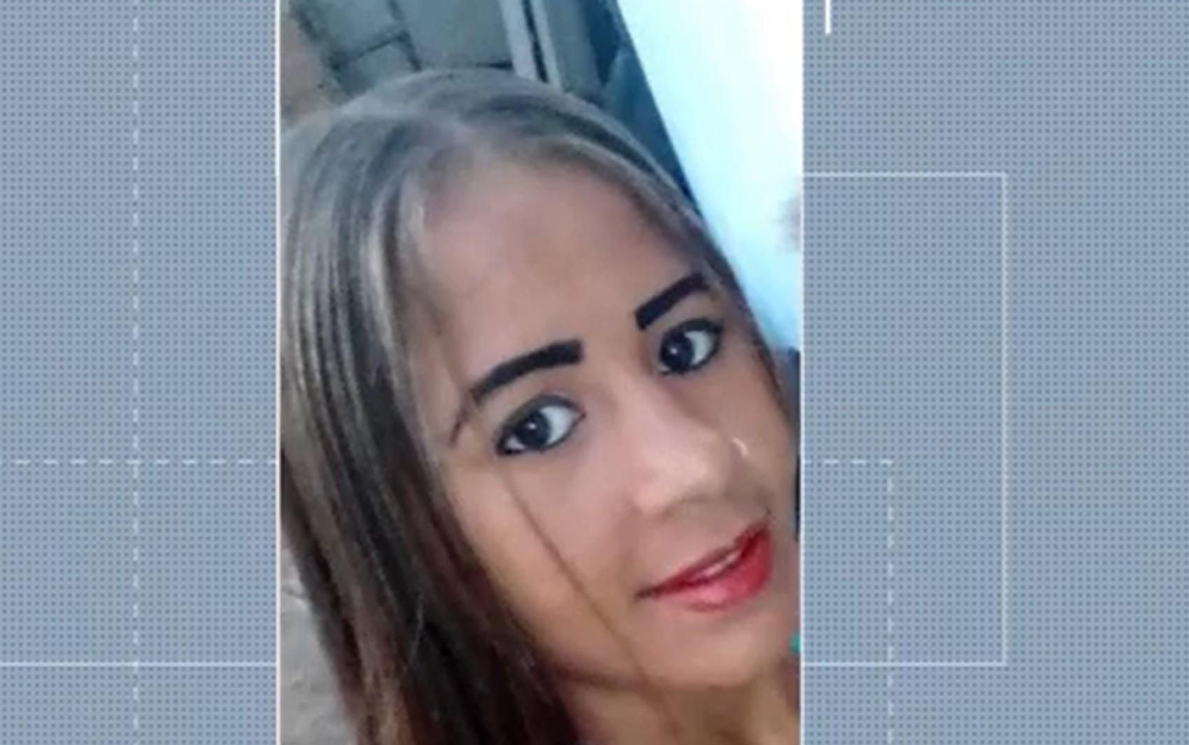 'Tentei socorrer, mas não consegui', diz mãe que viu filha grávida ser morta a facadas por genro no sul da Bahia