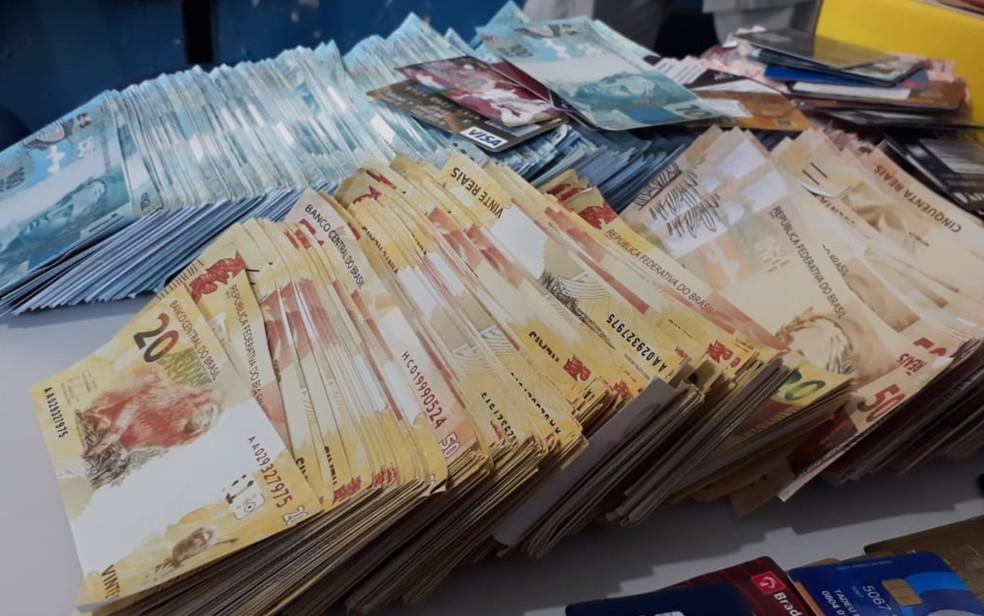 Anúncio dizia que notas eram de boa qualidade e impressas em papel moeda — Foto: Reprodução/TV Anhanguera