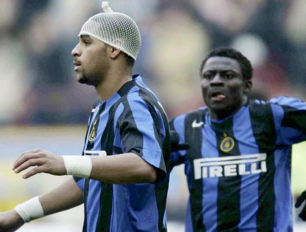 Com saudade da comida e dos fãs, Adriano pensa em voltar para a Itália