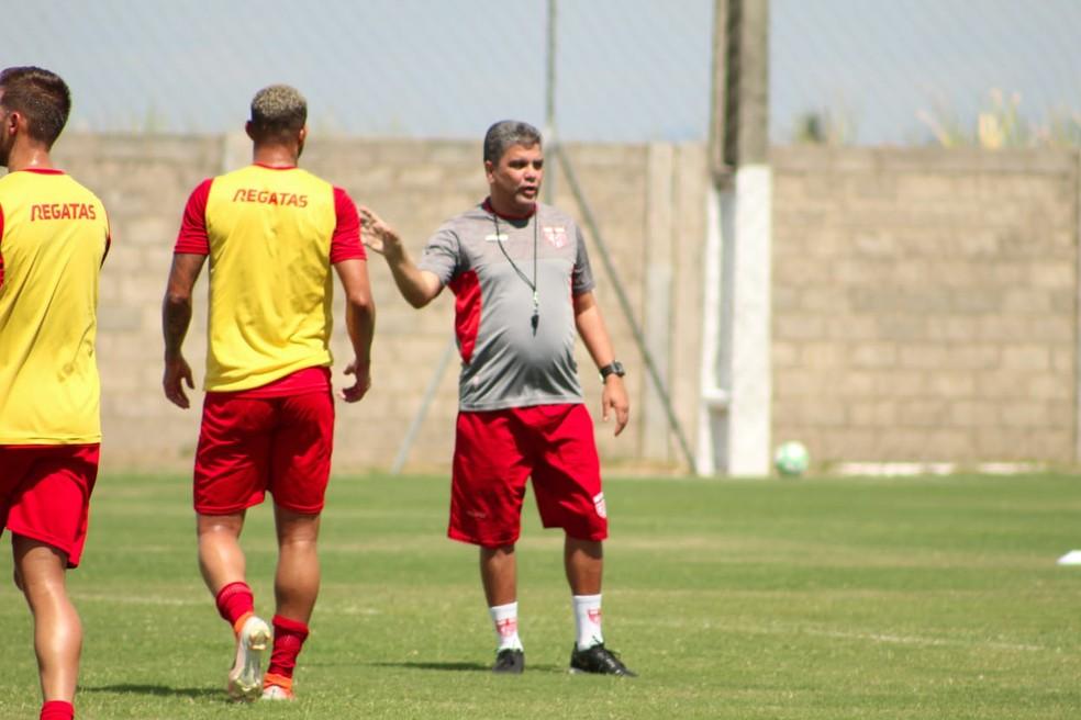 Técnico disse que não vê a hora de voltar ao trabalho — Foto: Mac Cavalcante/GloboEsporte.com