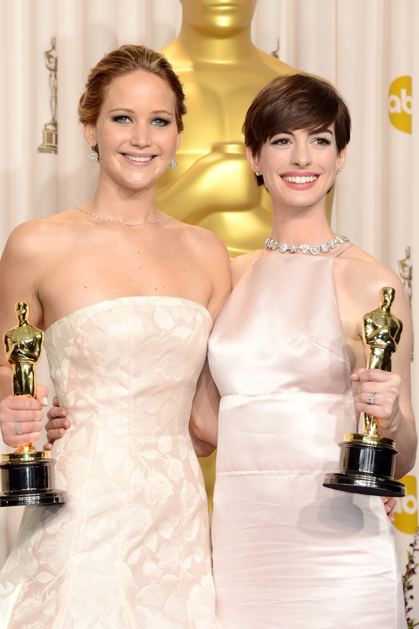 Jennifer Lawrence e Anne Hathaway (Foto: Getty Images)