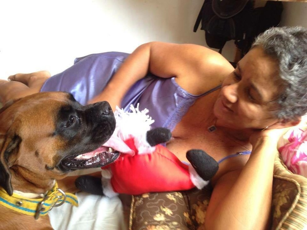 Dionísio contou que a mãe e a cadela estavam juntas em todos os momentos do dia (Foto: Dionísio Neto / Arquivo Pessoal)