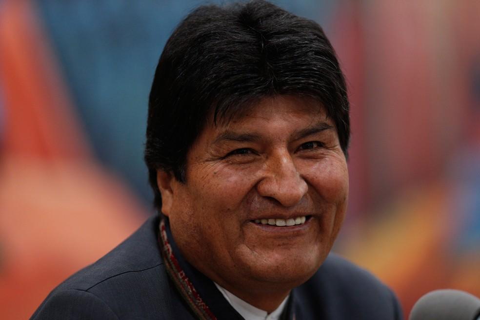 Presidente da Bolívia, Evo Morales, participa de coletiva de imprensa em La Paz, na Bolívia, nesta quinta-feira (24) — Foto: Juan Karita/AP