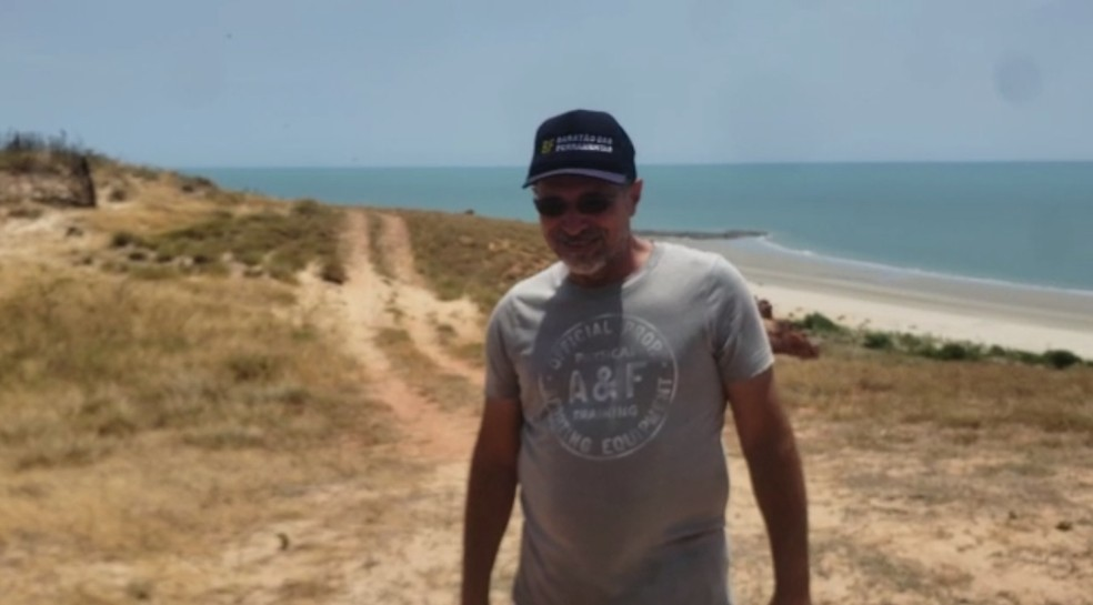 Nelson em vídeo registrado em Ponta do Mel, local onde praticava o parapente — Foto: Arquivo pessoal