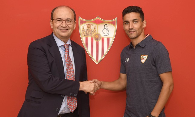 Quatro anos após saída, Jesús Navas retorna ao Sevilla