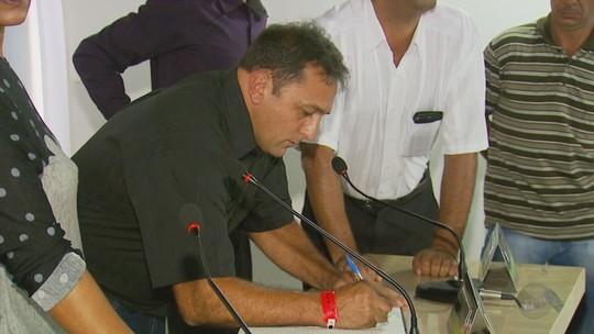 Vice assume a prefeitura após cassação de prefeita de São Tomé das Letras, MG