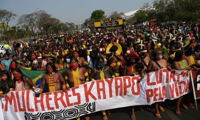 Marcha das Mulheres Indígenas contra o marco temporal, em Brasília