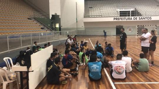 efd76d0167 Avaliação do Cepe 2004 Fupes reuniu cerca de 40 jogadores. Aprovados  defenderão a cidade Santos na temporada 2018