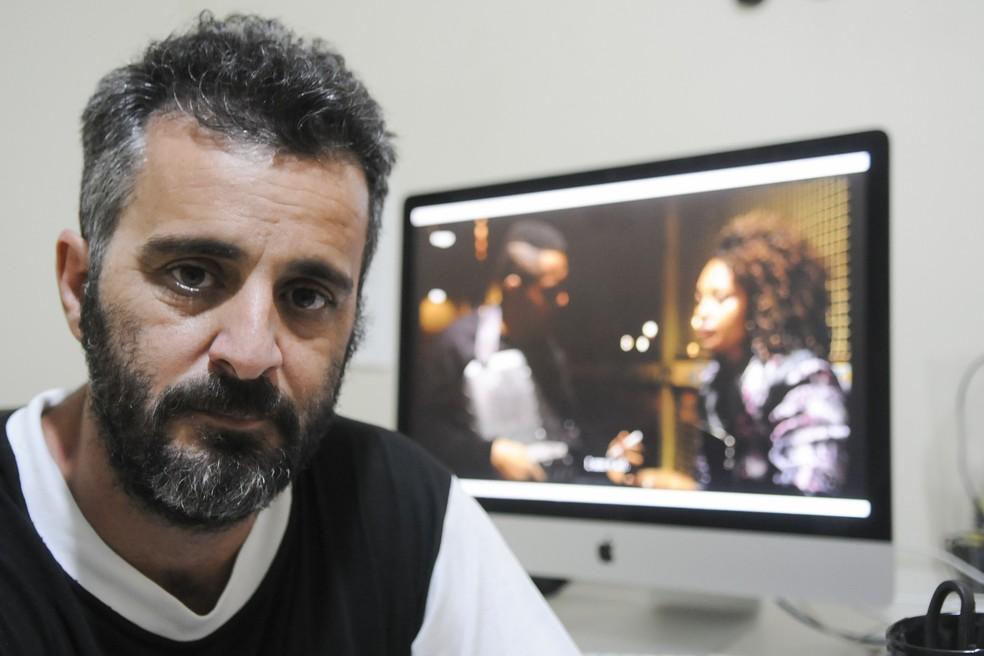 Cineasta Adirley Queirós, morador de Ceilândia há 40 anos (Foto: Renato Araújo/GDF/Divulgação)