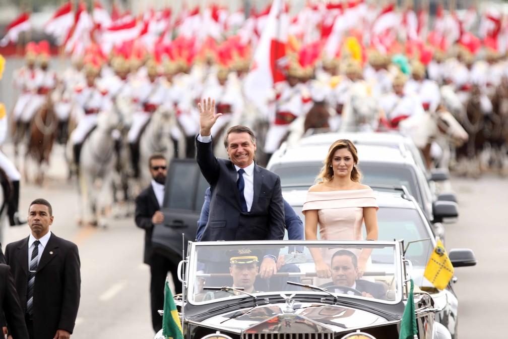 O novo presidente do Brasil, Jair Bolsonaro, e a nova primeira-dama, Michelle Bolsonaro — Foto: Célio Messias/Estadão Conteúdo