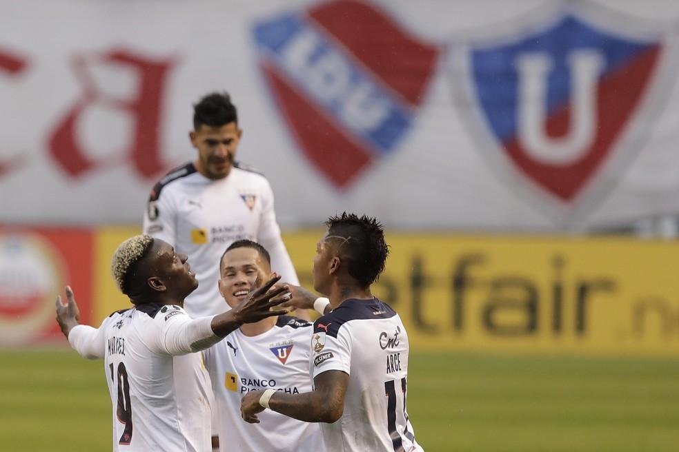 Cristian Borja comemora gol da LDU contra o Vélez Sarsfield — Foto: Staff Images / CONMEBOL