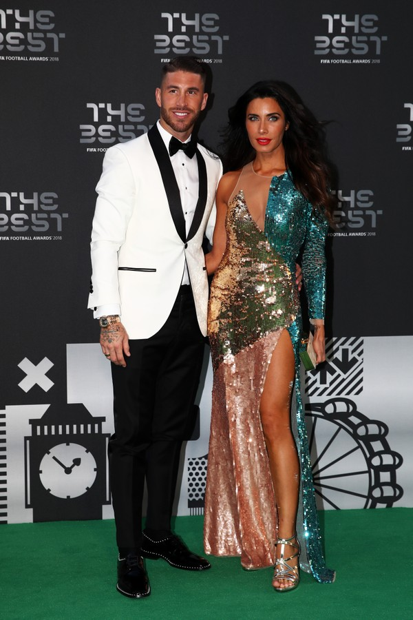 LONDON, ENGLAND - SEPTEMBER 24:  Sergio Ramos of Real Madrid (L) and Pilar Rubio arrives on the Green Carpet ahead of The Best FIFA Football Awards at Royal Festival Hall on September 24, 2018 in London, England.  (Photo by Julian Finney/Getty Images) (Foto: Getty Images)