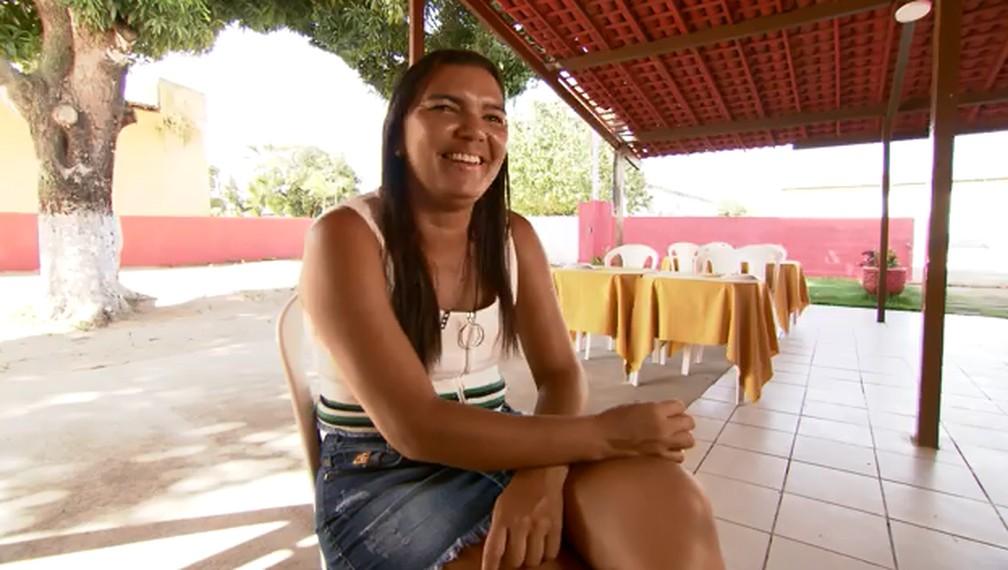 Graciele Fonseca, mãe de Gabriel Veron, durante entrevista ao Esporte Espetacular — Foto: Jordi Bordalba