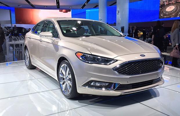 2016 Toyota Corolla S Plus >> Ford Fusion reestilizado é revelado em Detroit - AUTO ...