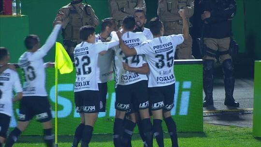 Agosto, mês do desgosto: com ataque em baixa, Corinthians tenta subir média de gols contra o Grêmio