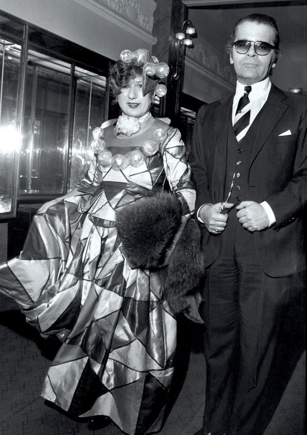 Anna Piaggi e Karl Lagerfeld (Foto: Bill Cunningham)