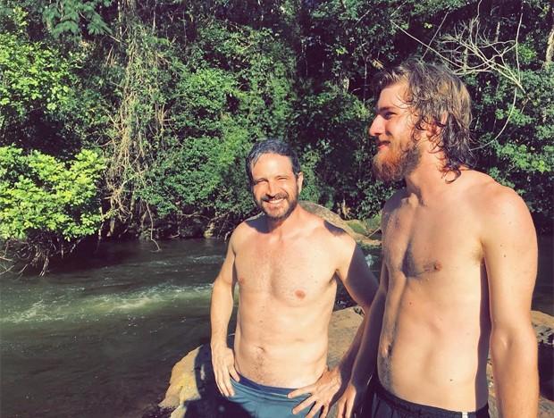 Caco Ciocler e o filho, Bruno Ciocler (Foto: Reprodução/Instagram)