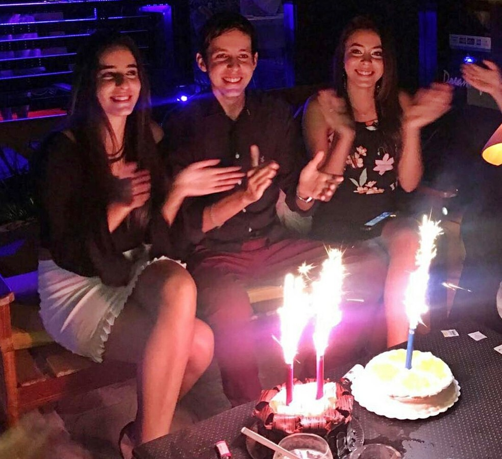 Giovanna Lisboa, Lucas Lisboa e Maria Eduarda Lisboa são trigêmeos mas apenas dois têm diabetes (Foto: Lucas Lisboa/Arquivo Pessoal)