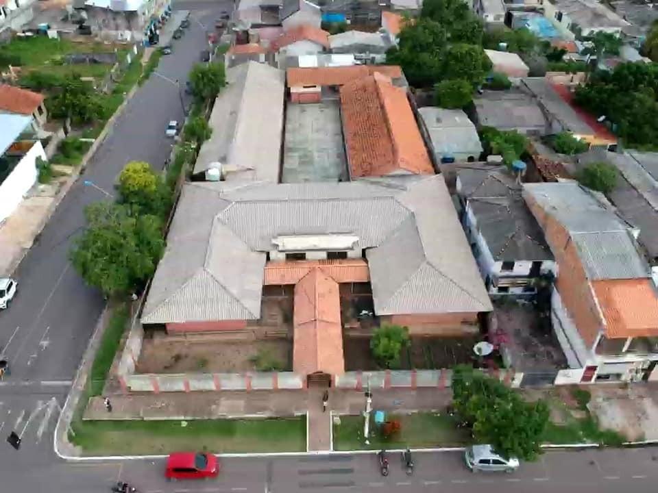 Escola pública adota atividades semanais para garantir atividades pedagógicas a alunos, em Santarém