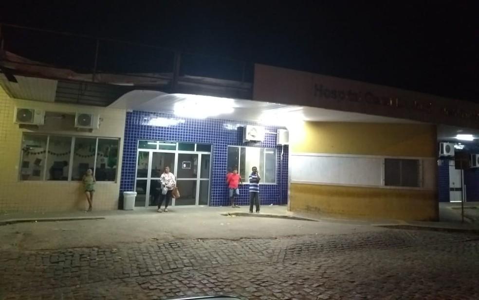 Homem morreu após dar entrada no hospital no conjunto Santa Catarina, na Zona Norte da capital potiguar (Foto: Acson Freitas/Inter TV Cabugi)