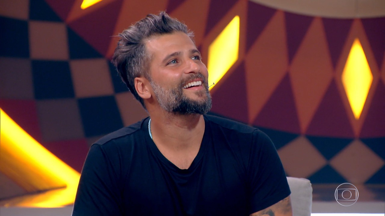 Bruno Gagliasso explica tatuagem em homenagem ao filho