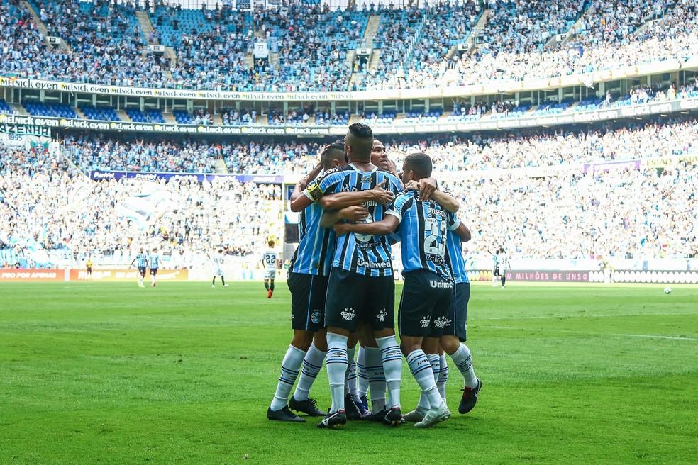 Jogadores do Grêmio comemoram gol contra o Corinthians — Foto: Lucas Uebel/Grêmio/Divulgação