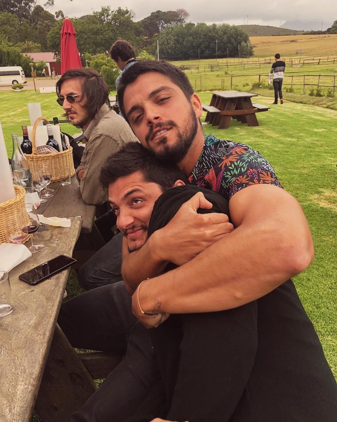 Rodrigo Simas e Bruno Gissoni (Foto: Reprodução Instagram)