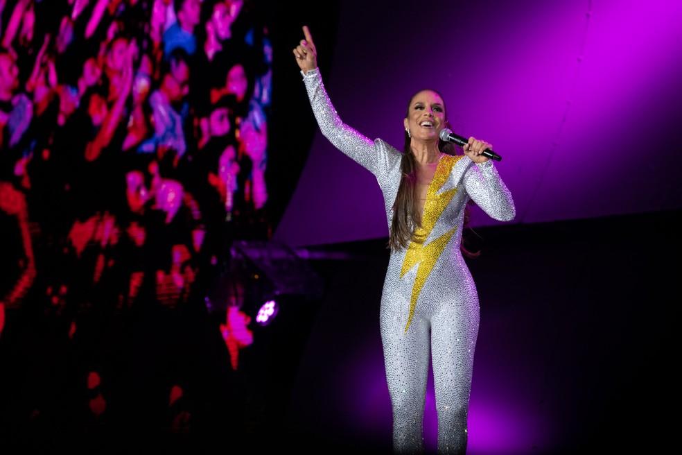 Ivete Sangalo apresenta no Rock in Rio um show de visual valorizado pelo figurino da cantora e pelas imagens projetadas no telão — Foto: Marcelo Brandt / G1