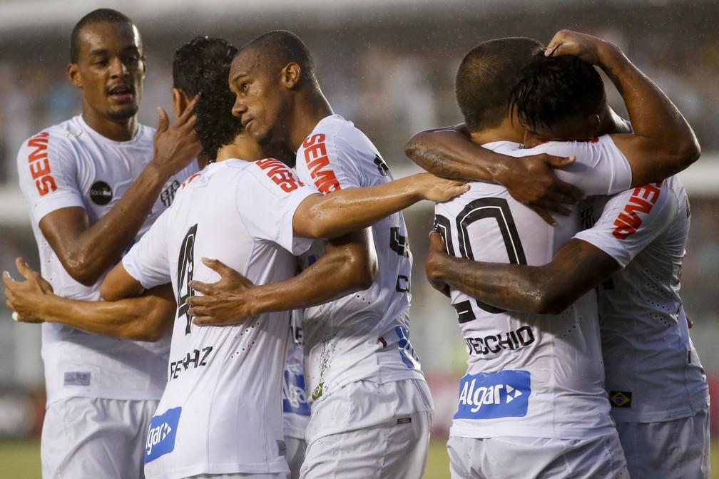 Copete comemora gol decisivo em Santos x Grêmio, em 2017 — Foto: Guilherme Dionízio/Código19/Estadão Conteúdo