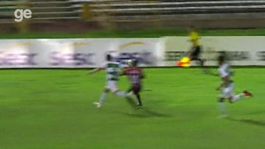"""Freitas valoriza empate diante River-PI e foge de críticas à arbitragem: """"Não cabe a mim"""""""
