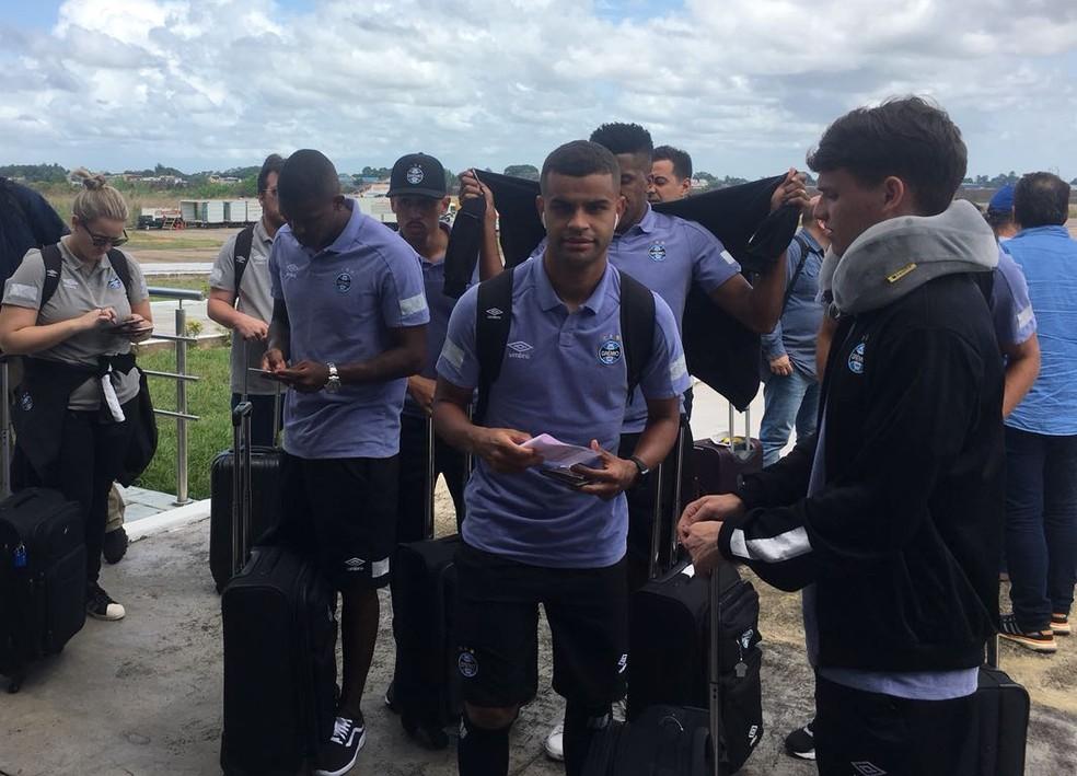 Grêmio desembarcou na Venezuela sem seis de seus titulares (Foto: Eduardo Deconto)