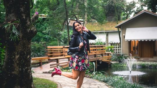 Maria Joana mostra como usar bota vermelha, hit da moda no inverno