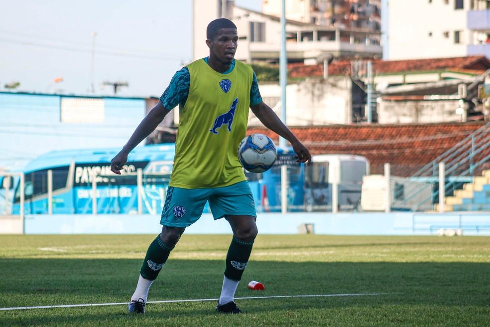 Léo Baiano já treina com o elenco bicolor — Foto: Jorge Luiz/Ascom Paysandu