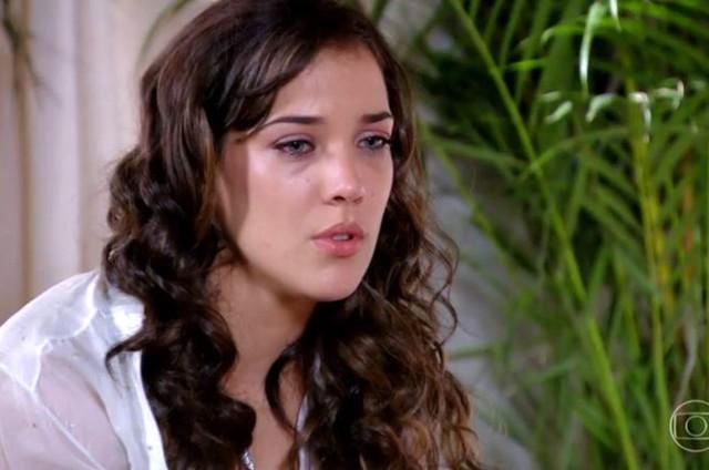 Adriana Birolli como Patrícia em cena de 'Fina estampa' (Foto: Reprodução)