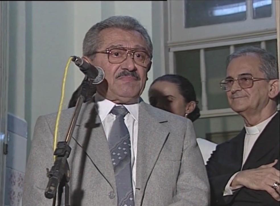 José Maranhão foi reeleito governador em 1998 após conflito interno no PMDB — Foto: Arquivo Pessoal