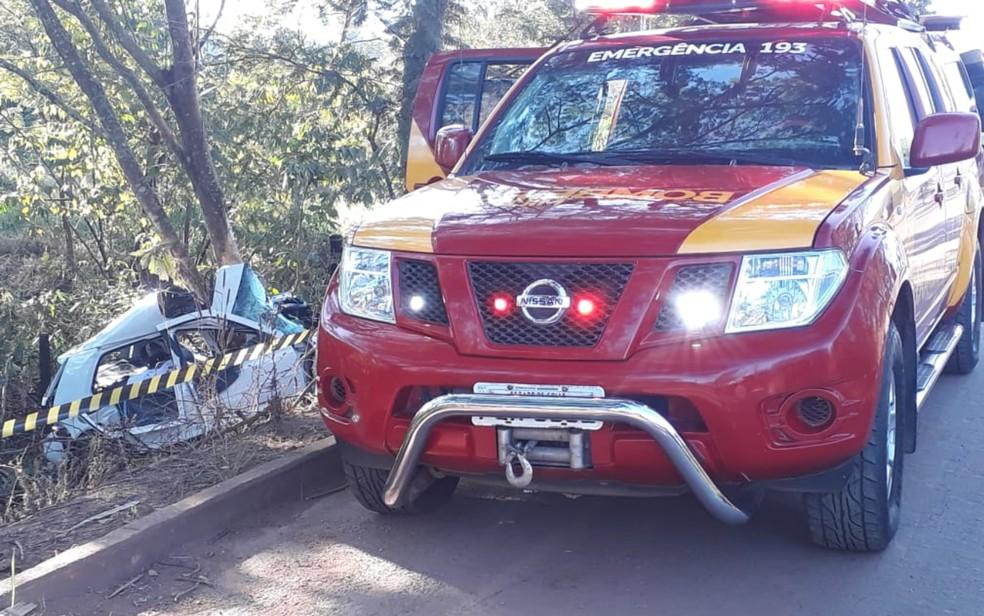 Corpo de Bombeiros foi acionado para socorrer vítimas de acidente na GO-434, em Goiás — Foto: Corpo de Bombeiros/Divulgação